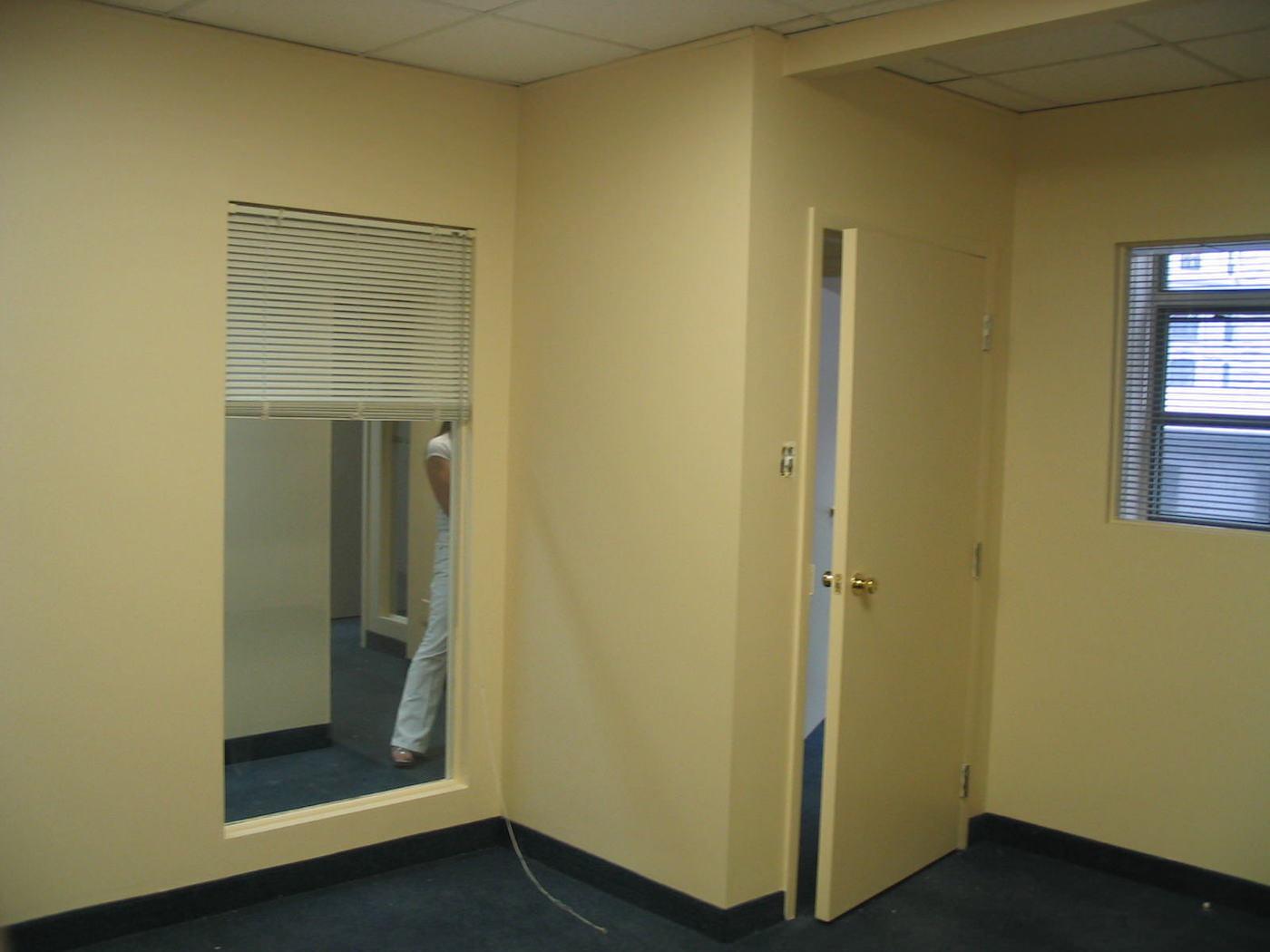 2003-09-19-Re-novations-Avant-Locaux-Studio-Vieux-Montre-al---03